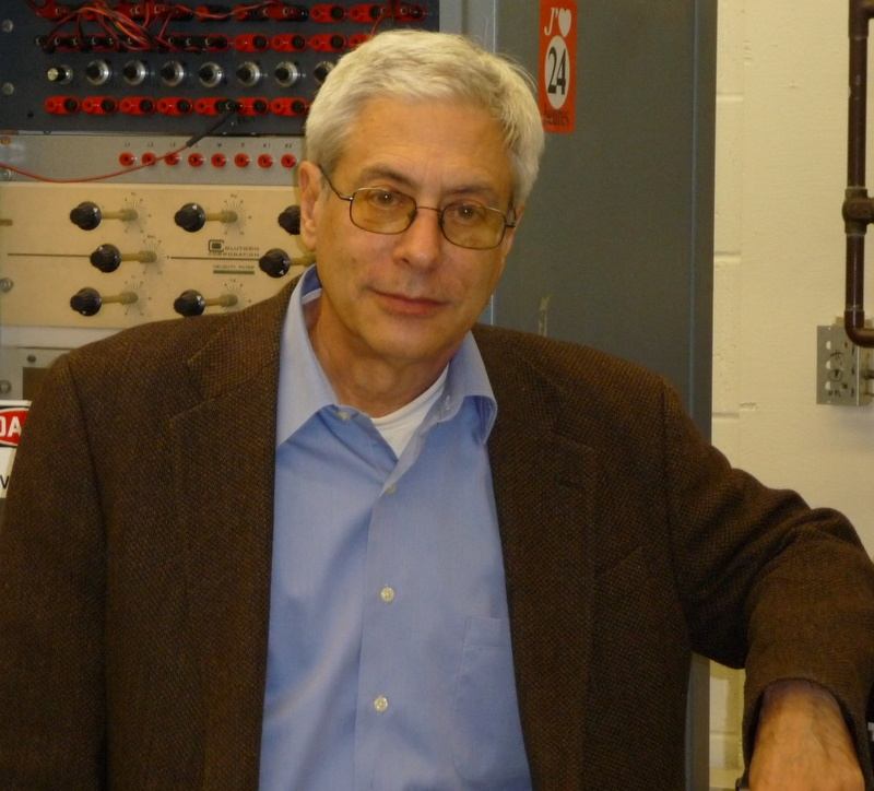 IDEALS Faculty, John Lombardi, Receives 2019 Gold Medal from Society of Applied Spectroscopy